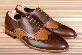 BROWN & CAMEL ANTIQUE